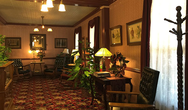 Reviews of Julian Hotel